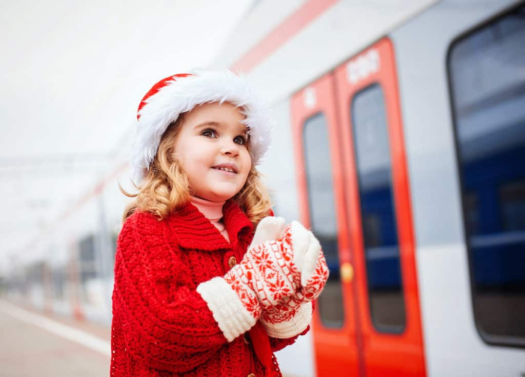 Christmas Ideas for homeschoolers on the road during the holidays
