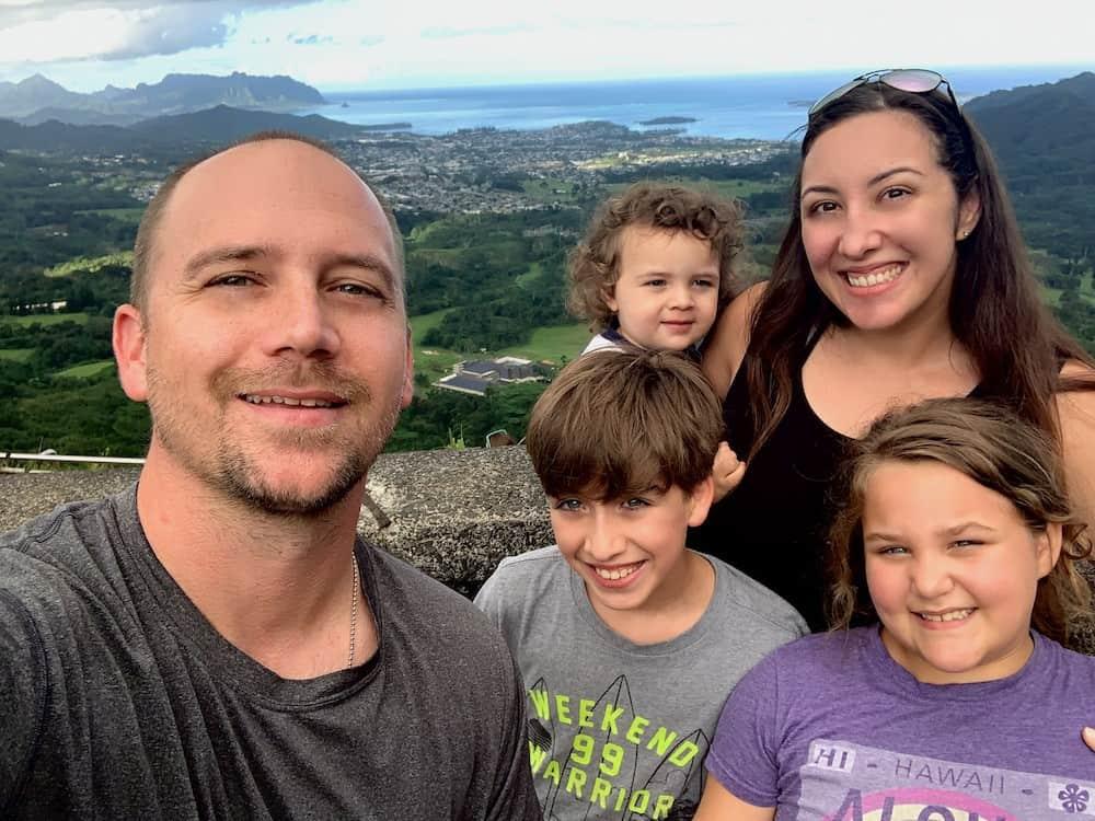 Richie Soares family photo Hawaii