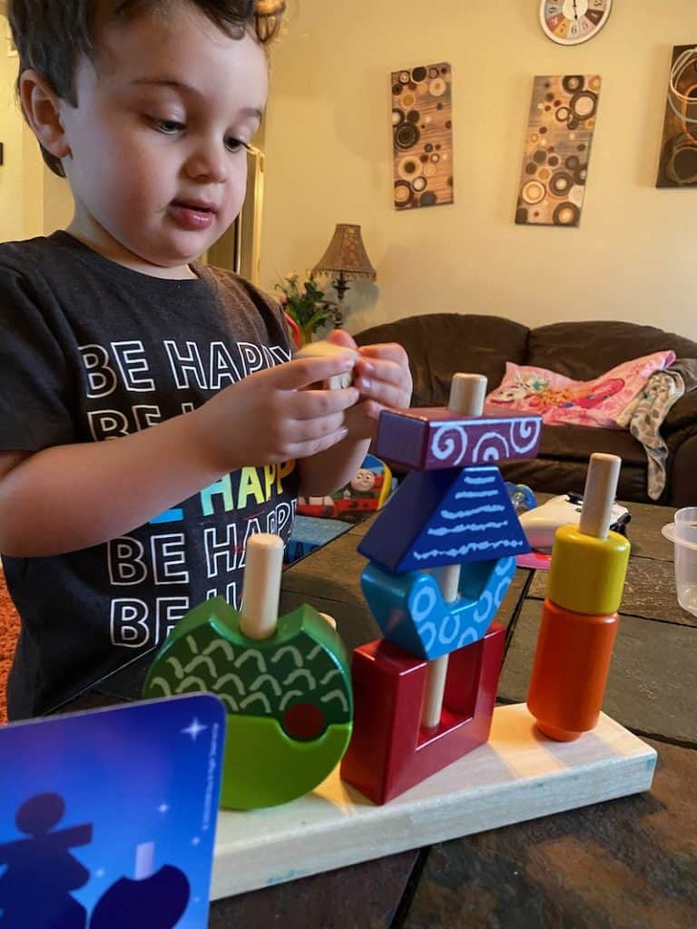 I loves critical thinking activities for toddlers. Scout loves playing with Day & Night, which in my opinion is of the best logical thinking games for toddlers and preschoolers out there of all the toddler activities available that build logical and critical thinking skills super well!